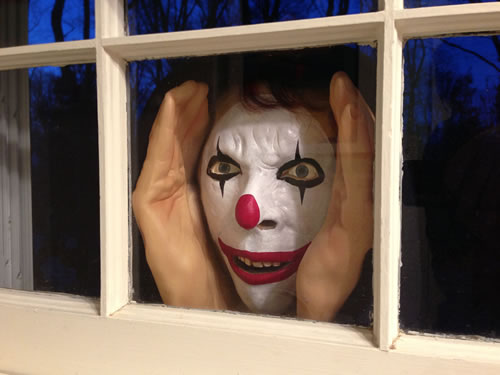 RIFLE, Colo. — As numerous reports of creepy clown incidents have been reported around the country recently, there have now been several sightings in and around the Rifle area, police say.